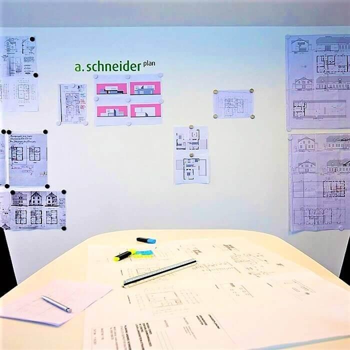pared-de-un-cliente-creada-para-brainstorming-con-yeso-magnetico